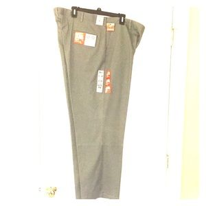 Men's 42x30 dockers pants.